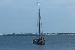 Yacht On Kinselmeer, North Holland (elhawk) Tags: northholland northamsterdam kinselmeer boat yacht