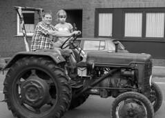 Trecker Oldtimer Rallye - 032_Web (berni.radke) Tags: treckeroldtimerrallye rallye trecker oldtimer lanz bulldog deutz schlter johndeere newholland fendt hanomag fahr leopard wesseler mccormick allgaier man traktor lette kartoffelmarkt