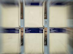 DSC03196.jpg (J.Weyerhuser) Tags: wolkenkratzer hochhuser frankfurt experiment gepckfach bahnhof trainstation