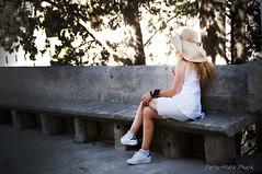 Modele imprevue ... ( P-A) Tags: rencontresarlesphotographie16 modle art style dmarches poses fminine soleil chaleur chapeau ombre photos simpa nikonflickraward