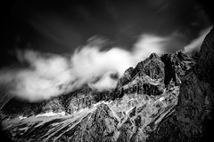 Wolkenwirbel am Dachstein (Ralph Punkenhofer) Tags: dachstein ramsau wolken clouds moving nature outdoor landscape bw monochrome schwarzweiss black white berge mountain mountains berg rock felsen dramatic hiking climbing