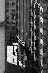 Rua Capito Salomo (**) Tags: sopaulo street streetlife streetphotography foto fotoderua pb pretoebranco people pessoas persone persons gente bw bn biancoenero blackandwhite sp centro cidade city ciudad citt citt ciutat centrohistrico centrodowntown church chiesa citt cotidiano citt