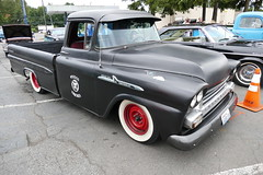 1959 chevrolet apache 31 (bballchico) Tags: 1959 chevrolet apache31 pickuptruck ratbastardscarshow carshow straycatscarclub voodootrucker 206 washingtonstate