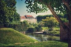 Rosenborg Castle Gardens (Arnzazu Vel) Tags: park vintage escandinavia scandinavia dinamarca denmark copenhagen kbenhavn rosenborgslot rosenborgcastle gardens jardines