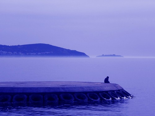 FEBRUARY LONELINESS at CHILLY & SOLITARY JETTY.......                                                                                           Wishing you all a great & relaxing weekend.
