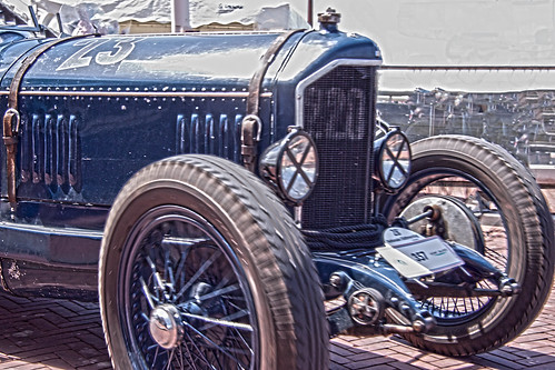 Almost overrun by a Mathis GM Sport 1925 (9243)