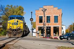 CSXT 672, CSX Toledo Subdivision, Tipp City, Ohio (monon738) Tags: railroad ohio train pentax engine railway locomotive ge csx railfanning csxt diesellocomotive ac44cw csxtransportation ac4400cw autoracktrain k20d geac4400cw tippcityohio smcpda1645mmf40edal csxt672 csxtoledosubdivision csxq241