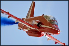 (Barney - Ian B) Tags: red hawk arrows raf t1