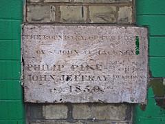 St John of Hackney parish boundary marker, 296 Stamford Hill (Alan Denney) Tags: london hackney parishboundary