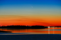 Comet PanSTARRS (TxPilot) Tags: sunset lake night dallas nikon texas comet lewisville panstarrs d700