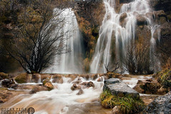 - Carved by water - (Oscar Pea fotografa) Tags: naturaleza fall water waterfall agua cascade catarata arroyo cantabria cascadas humedad 1dmkii valderredible oscarpea