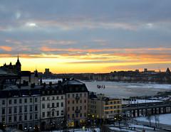 Sunset in Stockholm (realdauerbrenner) Tags: city travel schnee winter sunset snow ice night reisen sonnenuntergang nacht sweden stockholm sdermalm schweden elevator skandinavien stadt sverige scandinavia eis stad aufzug katarinahissen 2013