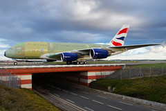 Third Airbus A380 for British Airways (Curufinwe - David B.) Tags: bridge france airport aircraft sony airline airbus a380 pont british toulouse airways airlines britishairways runway piste airbusa380 hautegaronne midipyrnes 1650 a55 a380800 airbusa380800 fwwsc sonyalpha55 a55v sonydslta55v msn124 sony165028ssm gxlec