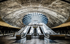 The Calm Before The Storm (Sean Batten) Tags: city uk england urban london subway nikon metro unitedkingdom escalator tube londonunderground canarywharf d800 1424