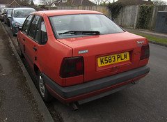 1992 FIAT TEMPRA TURBO DIESEL (Yugo Lada) Tags: old red cars car photo nice fiat diesel surrey retro turbo parked 1992 rare tempra k583plm