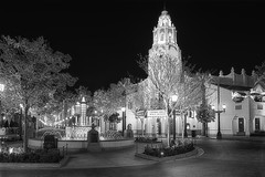 Disney Carthay Circle B&W (cstout21) Tags: california ca travel chris trees vacation food usa fountain night lights restaurant us unitedstates disneyland landmark disney historic orangecounty anaheim westcoast hdr highdynamicrange stout californiaadventure waltdisney disneyscaliforniaadventure disneylandresort ngoc carthaycircle canon60d stoutandstout northamera