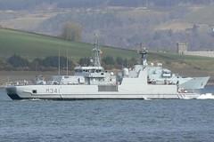 KNM Karmoy M341 (1) @ Greenock 15-04-13 (AJBC_1) Tags: uk england riverclyde boat ship unitedkingdom military navy vessel nato warship minesweeper mcv navalvessel norwegiannavy minehunter m341 jointwarrior knmkarmoy ajc ajc