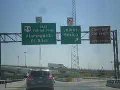 I-10 East - I-110/US-54 Jct. (sagebrushgis) Tags: sign texas elpaso intersection i10 overhead patriotfreeway us54 i110 biggreensign freewayjunction