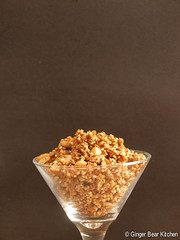 quinoa granola with cashews