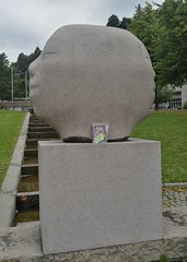 Bookcrossing release (zimort) Tags: bok book bookcrossing wildrelease art kunst skulptur pokestop gjvik norge norway norwegen