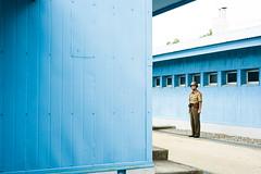 L1001096 (KiRInMao~~~) Tags:   travel  leica leicacamera zeiss carlzeiss zeisslens csonnar sonnar 50mm 50mm15 streetphotography csonnart1550 t northkorea