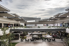 Mall / Plaza Mayor. (Paco Baeza) Tags: plazamayor mall centrocomercial atardecer sunset len lenguanajuato guanajuato gto shopping compras nikon d750 nikonofficials natgeo travelandleisure travelchannel