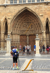 PILGRIMS (JLuisOrtn (**Running Slow**)) Tags: pilgrim tired caminodesantiago spain leoncathedral emotions hugh couple vertical color gettyimages istock leon