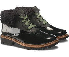 "CAT Hub Fur boot black • <a style=""font-size:0.8em;"" href=""http://www.flickr.com/photos/65413117@N03/29409340705/"" target=""_blank"">View on Flickr</a>"