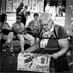 What next? (John Riper) Tags: johnriper street photography straatfotografie square vierkant bw black white zwartwit mono monochrome netherlands candid john riper canon rotterdam marine port worldportdays wereldhavendagen 6d woman man eye contact people map looking route lady backpack tourist 70200l