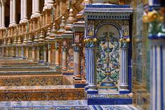 Plaza de Espaa - Sewilla (jacekbia) Tags: europa hiszpania espaa spain sewilla plazadeespaa plac hiszpaski ceramika aweczki colors kolory canon 1100d outdoor sevilla wow