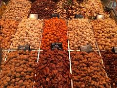 Boqueria (annebethvis) Tags: noten boqueria markt culinair