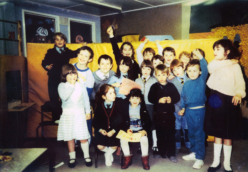 Gingerbread After School, 1987
