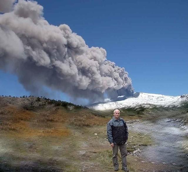 Volcán Copahue en actividad 22 dic 2012 - foto N. Ovando