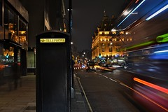 Mobile and Telephone (Paulo N. Silva) Tags: street london colors night lights movement phone