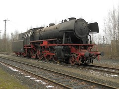 stoomloc 23 058(Emmerich 16-2-2013) (Ronnie Venhorst) Tags: modern train star am br zug db steam 23 trein dlm dampf stoomtrein emmerich hauenstein friese 058 stoomlocomotief baureihe maatschappij br23 stoomloc fstm stroomtrein