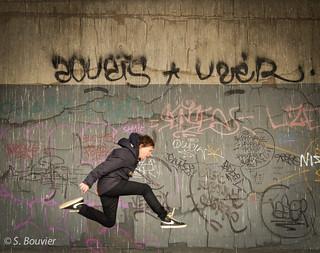 Saut du mur  [Explore]