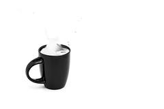 Black and white (Bony Nguyen) Tags: blackandwhite bw tasse coffee caf canon studio milk kaffee 100mm sw splash schwarzweiss sua milch strobist dentrang canon5dmii 100mm28is bonynguyen