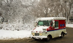 Postes Canada Postal Service (Danny VB) Tags: park trees winter red white snow canada storm cold tree beauty car truck season rouge scenery branch quebec montreal hiver snowstorm slush scene camion service neige postal february arbre parc froid abre canadapost fevrier branche tempete saison winterscene goncourt anjou navette postecanada postescanada 2013 dannyvb