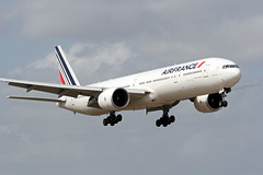 F-GZNK 777 AIR FRANCE (Paul Rowbotham) Tags: 7d boeing 777 airfrance boeing777 b777 miamiairport kmia canon7d fgznk