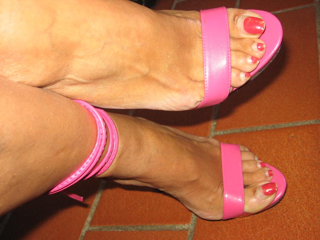 Feet i silver sandals mules heels pies sexys en tacones 2
