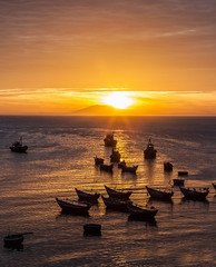 Mui Ne Sunset (Hendrik Schicke) Tags: travel blue sunset red sky cloud sun color set clouds sunrise canon boats photography see boat colorful ship ships hill floating vietnam backpack 5d rise float canonef2470mmf28lusm montain muine backpacken canon5dmarkii hendrikschicke