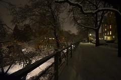 Spaziergang am Abend des 19. März in Berlin (deta k) Tags: schnee snow streets berlin night germany deutschland nacht strassen sooc nikond5100