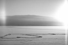 Trna lake + halo + mega dong...! (jawrr) Tags: winter bw sun lake snow halo dong trna