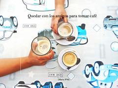 Me gusta quedar con los amigos para tomar caf ([Mara JPM]) Tags: caf cofee desayuno breakfast manos hands