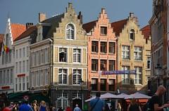 Bruges: Market Square (Grote Market) (zug55) Tags: bruges brugge brgge flanders flandres flandern belgium belgique belgi belgien unescoworldheritagesite worldheritagesite unesco welterbe werelderfgoed marketsquare grotemarket market markt vlaanderen westflanders westvlaanderen