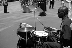 L1002751 (kogh65) Tags: new york photography photo travel art 2016 nyc ny street black white leica m mono tone city outdoor life people depth field reportage young kogh candid camera focus pov picture 50mm image manhattan artist kogh65 music drum guy