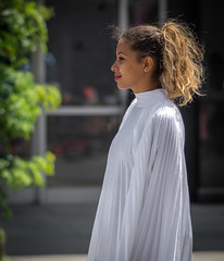 Un ange (maoby) Tags: 85mmafsg nikon d600 85mm elle she ange angel girl black white street montréal