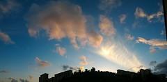 Tramonto spettacolare con vortice di luce in Sicilia (lisame0511) Tags: atlantic barbados religion coastline india hinduism coconut palms unspoilt empty mystic moon personas tramonto spettacolo spettacolare vortice lucesolare arcobaleno panoramica panoramicatramonto paesaggio panoramatramonto italy