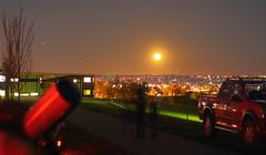 2016-08-20 Moonrise over Campbelltown (Ggreybeard) Tags: astronomy moon lunar moonrise campbelltown telescope night dark city