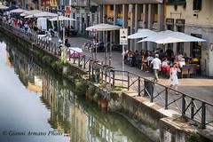 Milan: tourists (Gianni Armano) Tags: milan tourists bel naviglio turisti milano foto gianni armano photo